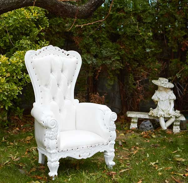 Party Perfect Rentals - Royal Throne Loveseat